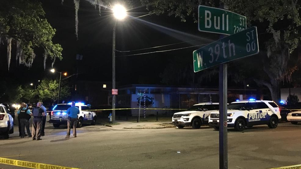 One officer dead, one hurt after shooting on Bull Street | WTGS