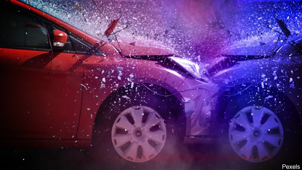 Savannah police investigating 2 fatal car crashes | WTGS